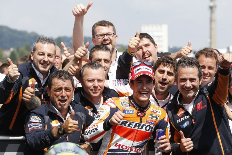 Magnificent win for Marquez in Germany but disappointment as Pedrosa declared unfit to race