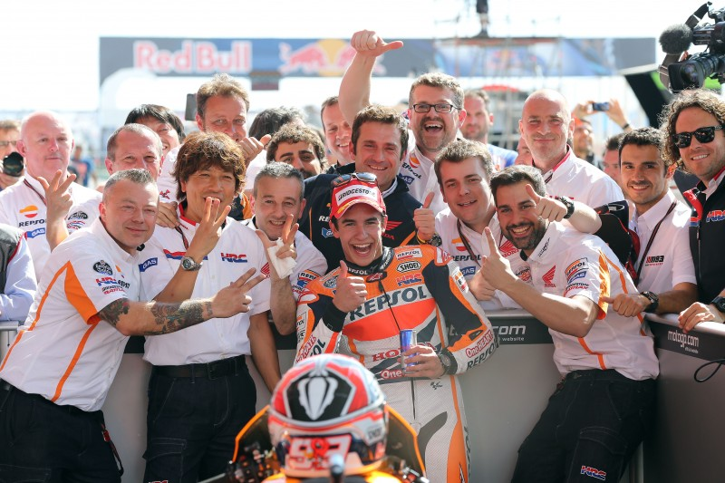 Marquez continues flawless start to 2014 leading home second successive Repsol Honda 1-2