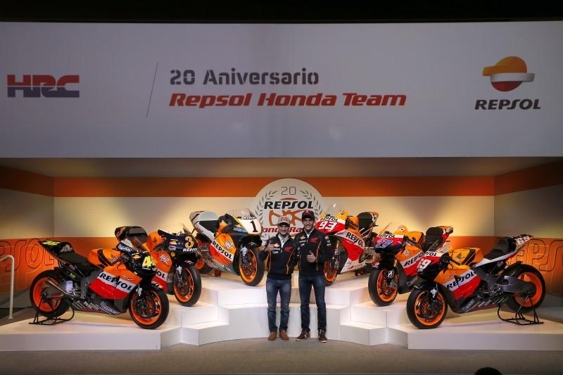 Marquez & Pedrosa celebrate the Repsol Honda Team's 20th anniversary
