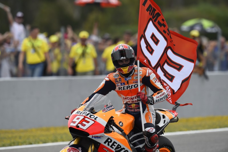 Injured Marquez takes wonderful second place with Aoyama crashing out of Spanish GP