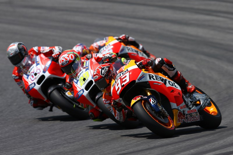 Pedrosa takes impressive 4th as Marquez crashes out fighting for 2nd