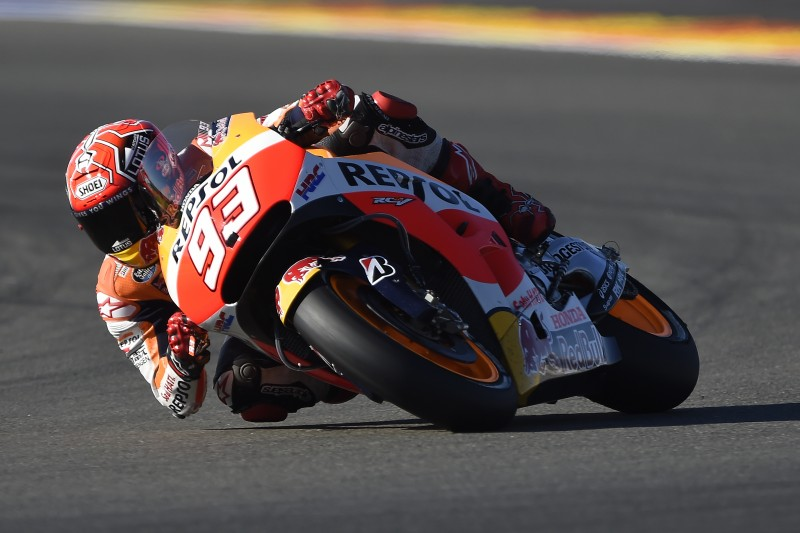 Double front row start for Repsol Honda in final race of 2015