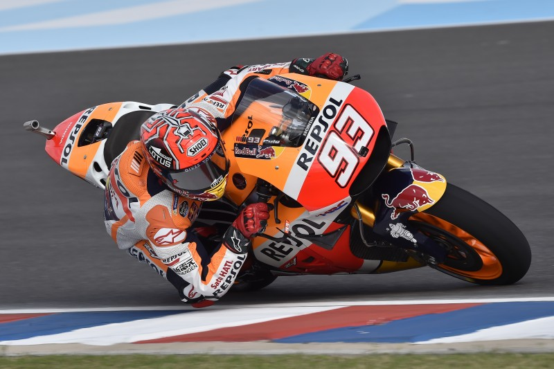Marquez and Pedrosa lead the timesheet on first day in Argentina