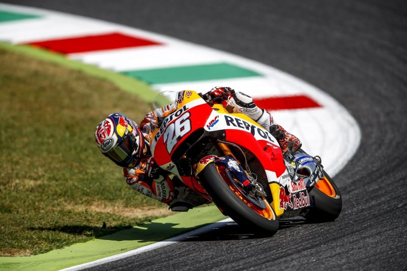 Repsol Honda Team work on race setup at Mugello