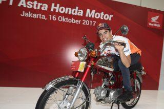 Marc on an Honda S90Z at PT Astra Honda Sunter Plant Factory