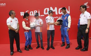 Marquez and Pedrosa support Cari Aman Safety Riding campaign