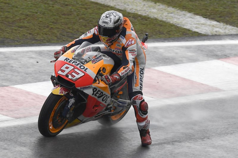 Repsol Honda start Sepang weekend facing typical Malaysian mixed weather conditions