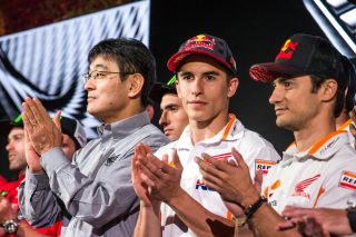 Chief Operating Officer - Motorcycle Operations Mr. Noriaki Abe, Marquez and Pedrosa at Honda Press Event EICMA 2017