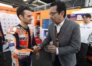 Dani Pedrosa and Honda President and CEO Takahiro Hachigo