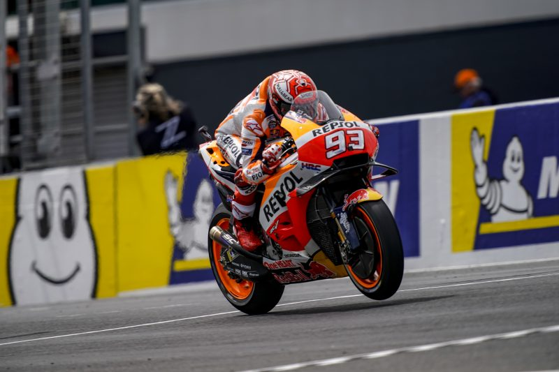 The Repsol Honda Team starts work in preparation for the race