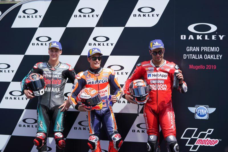 Marquez shatters lap record for Gran Premio D'Italia Oakley pole