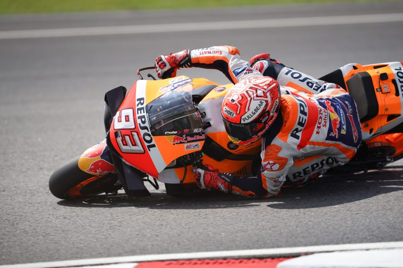 Marquez and Lorenzo battle through the Sepang heat on Friday