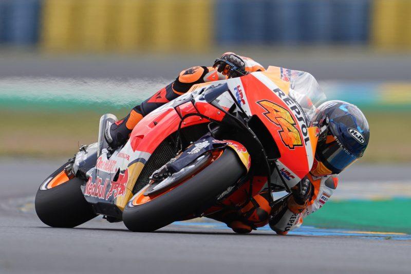 Espargaro leads Repsol Honda Team on Friday top-ten challenge