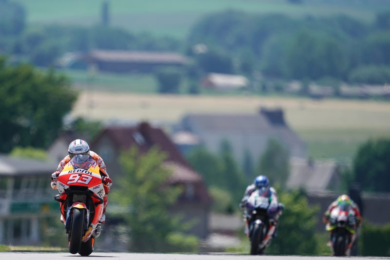 Marquez and Espargaro on the pace from the start of the German GP