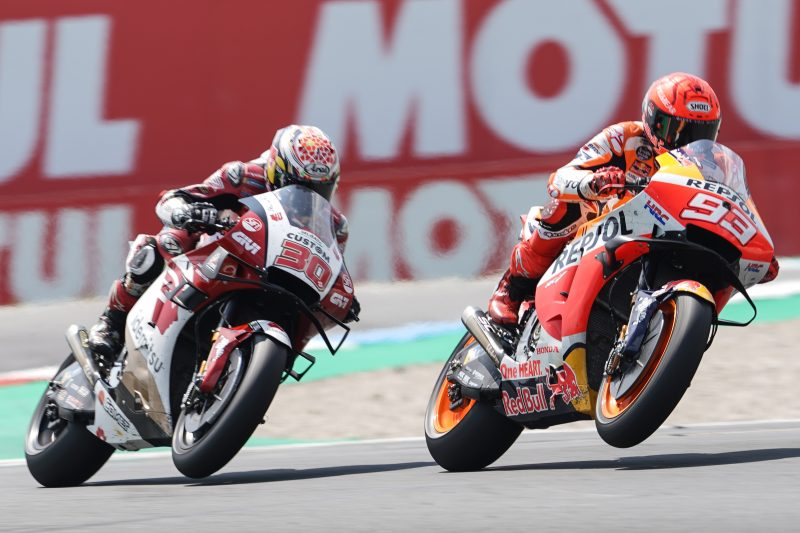 Charging Marquez and Espargaro salvage top-ten finishes in Assen