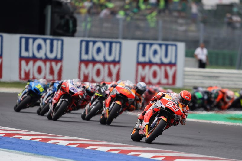 Marquez fights to the finish for fourth, Espargaro earns seventh